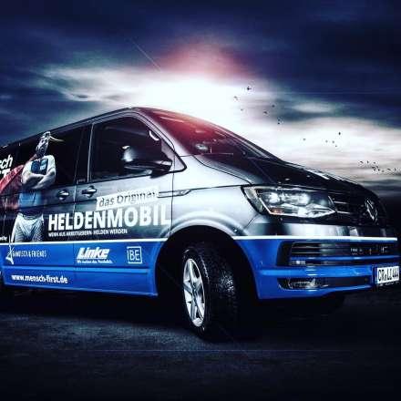 Das mensch FiRST-Heldenmobil
